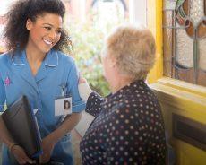 Tại sao nhân lực ngành Điều dưỡng luôn khan hiếm