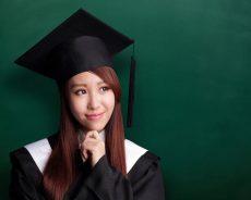 Sau khi tốt nghiệp ngành Dược bạn cần phải làm gì?