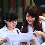 Hà Nội: Một học sinh kí thay cả lớp khi nộp hồ sơ đăng ký dự thi